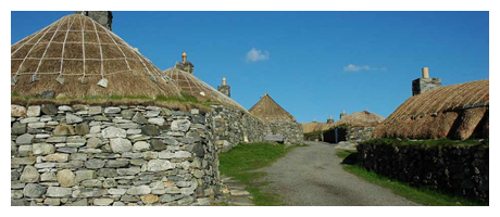 gearrannan-blackhouse-village